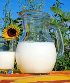 Decizie privind scaderea pretului la lapte